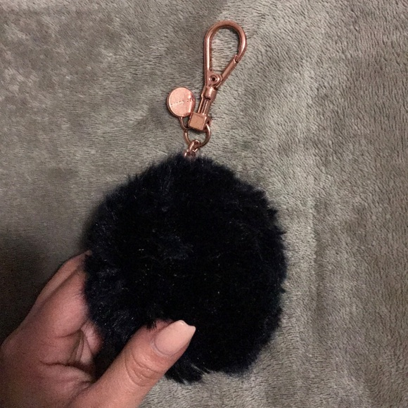 Ted Baker Lolaa Fluffy Fur Ball Key Chain. M 5a95ce1af9e501d08b8168a4 a11f5c4b28756
